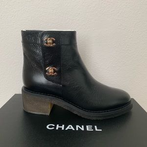 NWT Chanel Black Gold Classic Turnlock Ankle Boots